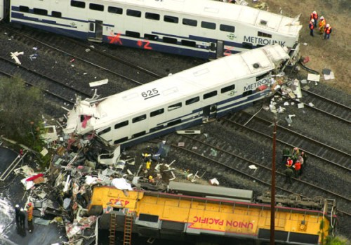 metrolink-train-wreck